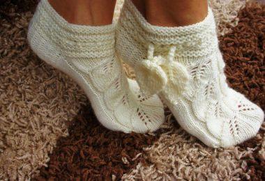 Ажурные носки спицами: схемы с описанием