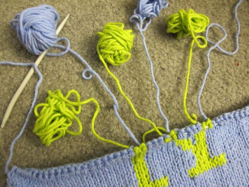 Интарсия вязание спицами: техника, модели