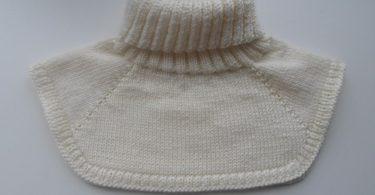 Манишка для мужчин спицами: схема и описание вязания