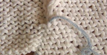 Матрасный шов в вязании спицами (при соединении деталей)
