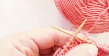 Трикотажный шов в вязании спицами: виды