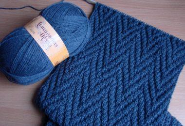 Узоры для шарфа спицами: схема с описанием