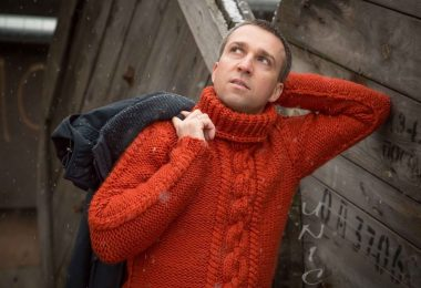 Вязание мужских свитеров спицами со схемами и описаниями