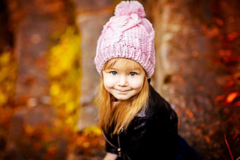 Как связать оригинальную шапку для девочки?