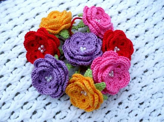Вязание спицами цветка с серединкой крючком