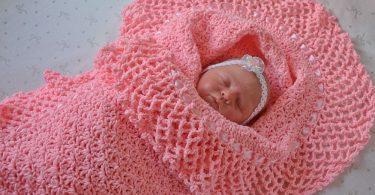 Вязаный конверт для новорожденного спицами: схема с описанием