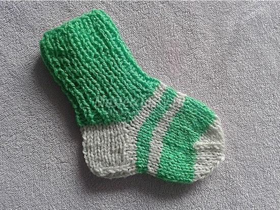 пошаговое описание вязания носков для малыша