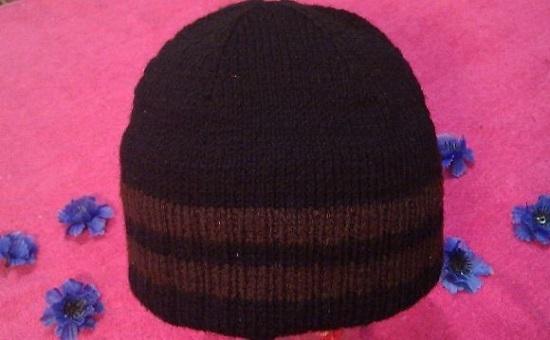 Вязание мужской шапки спицами: схемы с описанием