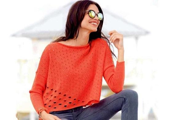 универсальный ажурный пуловер из мохера спицами