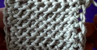 Как выполнить тунисское вязание спицами?