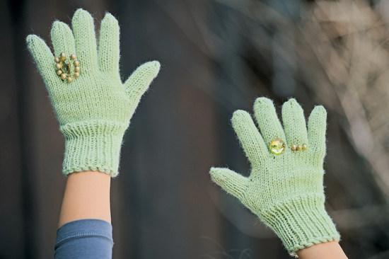 Вязание спицами: перчатки женские