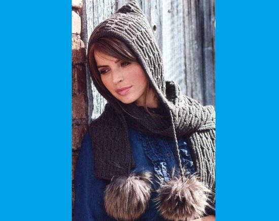шарф-капюшон, связанный спицами