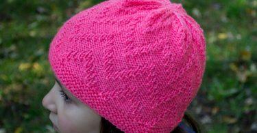 узор зигзаг спицами на шапку