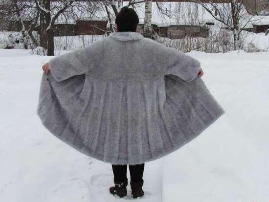 Вязание спицами пальто: схемы и описание
