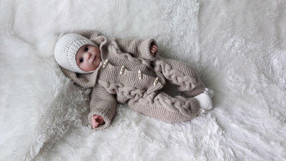 Ключевые слова: вязание спицами, вязаный комбинезон для новорожденного, комбинезон.